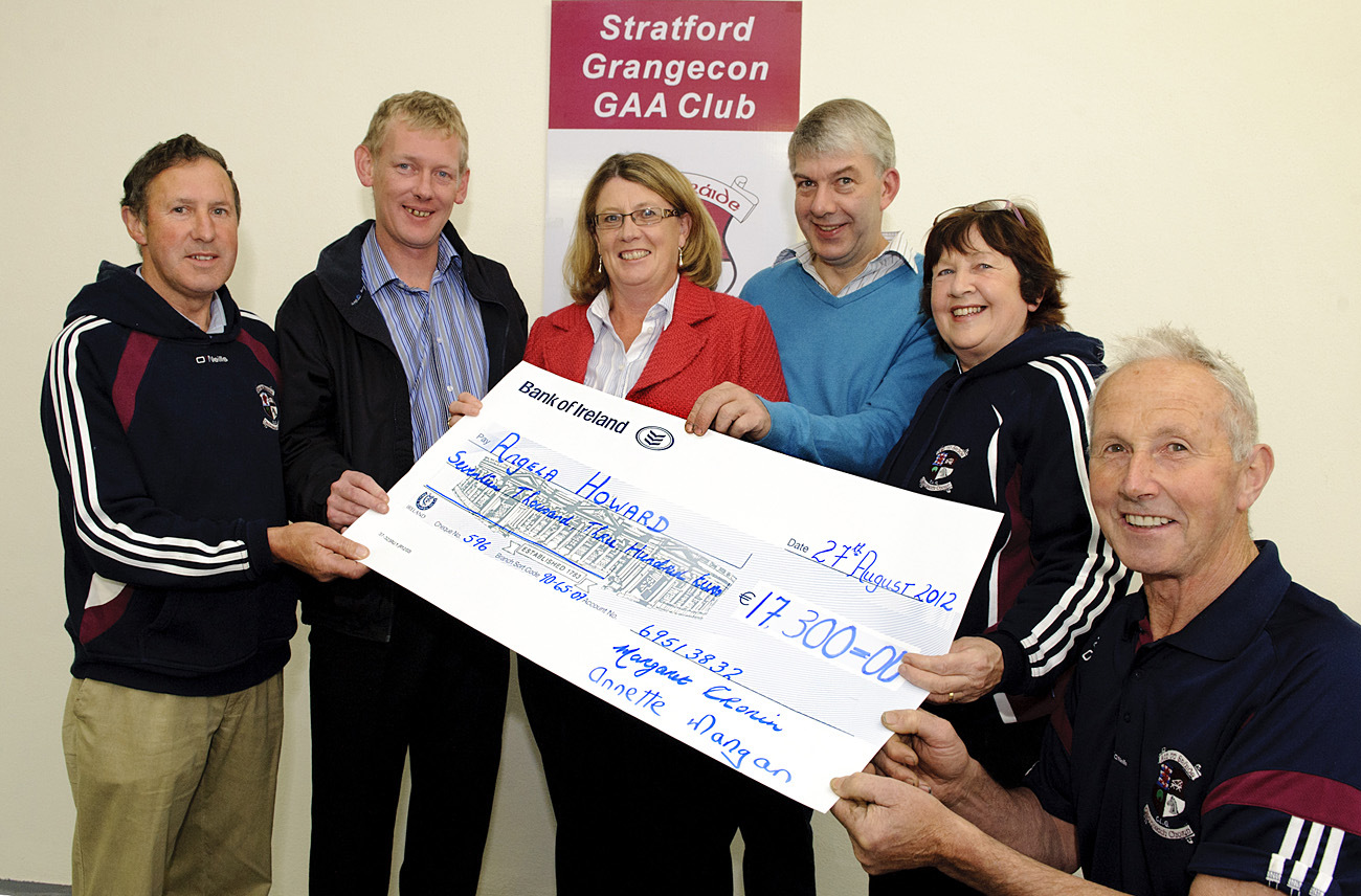 Stratford Grangecon GAA Lotto: l/r: Pat Cronin (Promoter), Enda Halloran, Dutchmans  Baltinglass (Seller), Angela Howard (Winner), Michael Howard, Margaret Cronin (Treasurer) & Jim Bollard (Lotto Co-ordinator).Pic: Nigel Gillis NRF